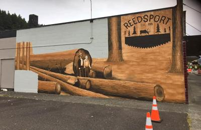 Reedsport mural