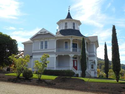125 year old Parrott House gets facelift