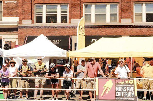 Slideshow: Mass Ave Criterium: The Crowd