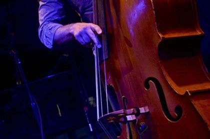 Review: 40 Fingers at the Jazz Kitchen