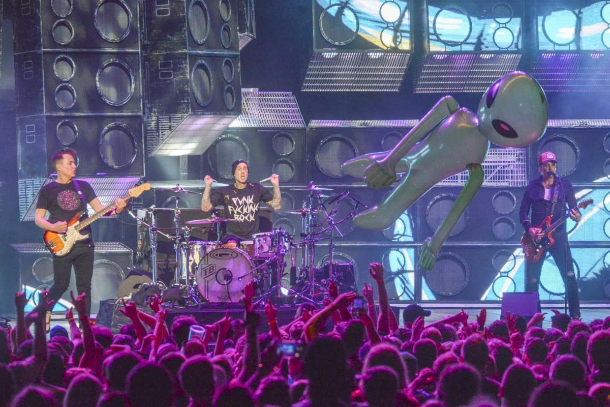 Blink-182  12.jpg