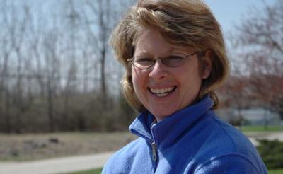 Indy Feral, Lisa Tudor