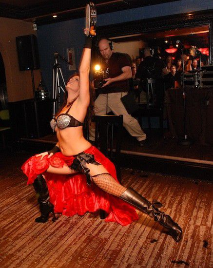 Pur The Company: Vegas-style burlesque