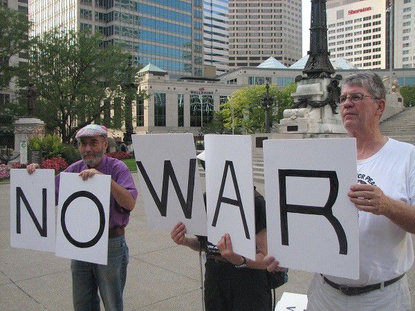 Slideshow: Hoosiers Protest Government Support in Syrian Conflict