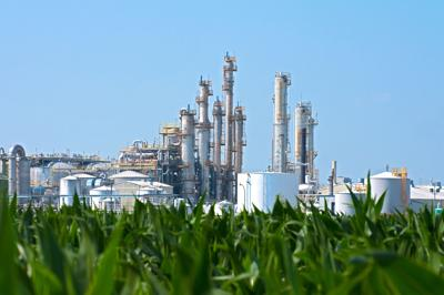 Corn vs Oil: Ethanol Company Blames Oil Refinery Waivers for Closure