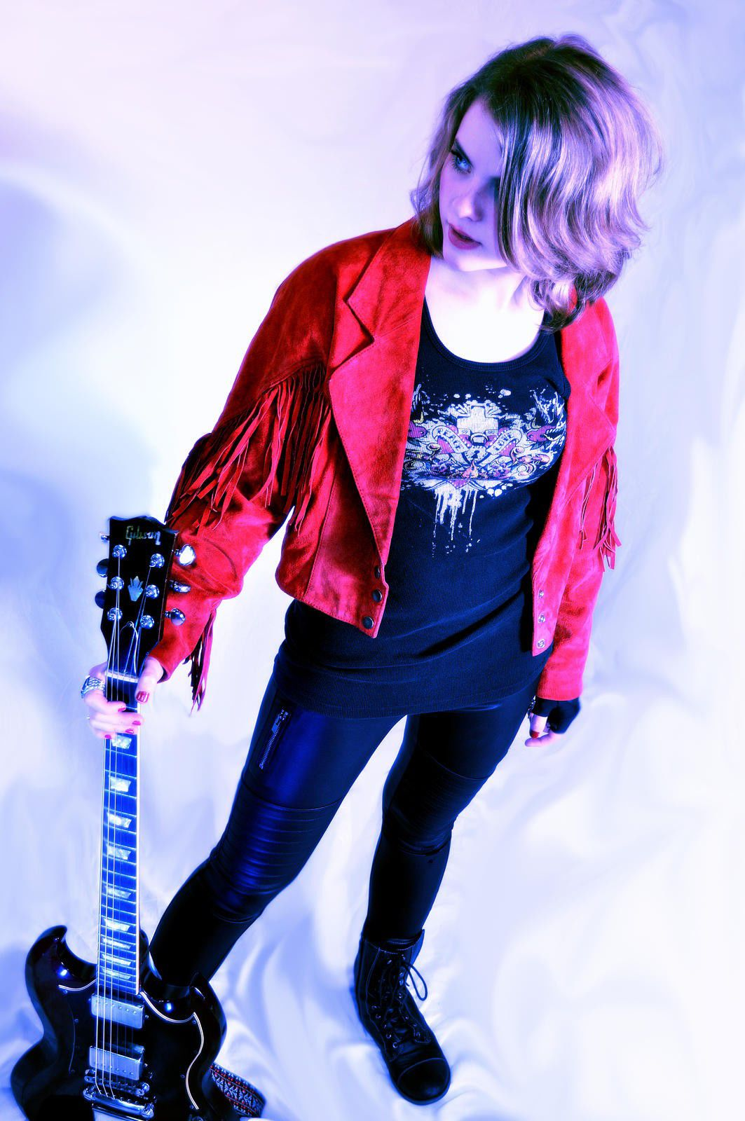 Summer begins: A young songwriter finds her feet