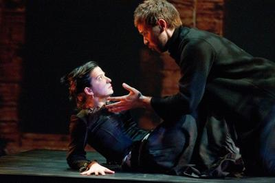 Review: A very intimate 'Carmen'