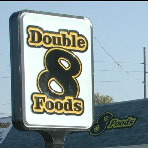 Closing of Double 8 Foods widens hole in urban food access