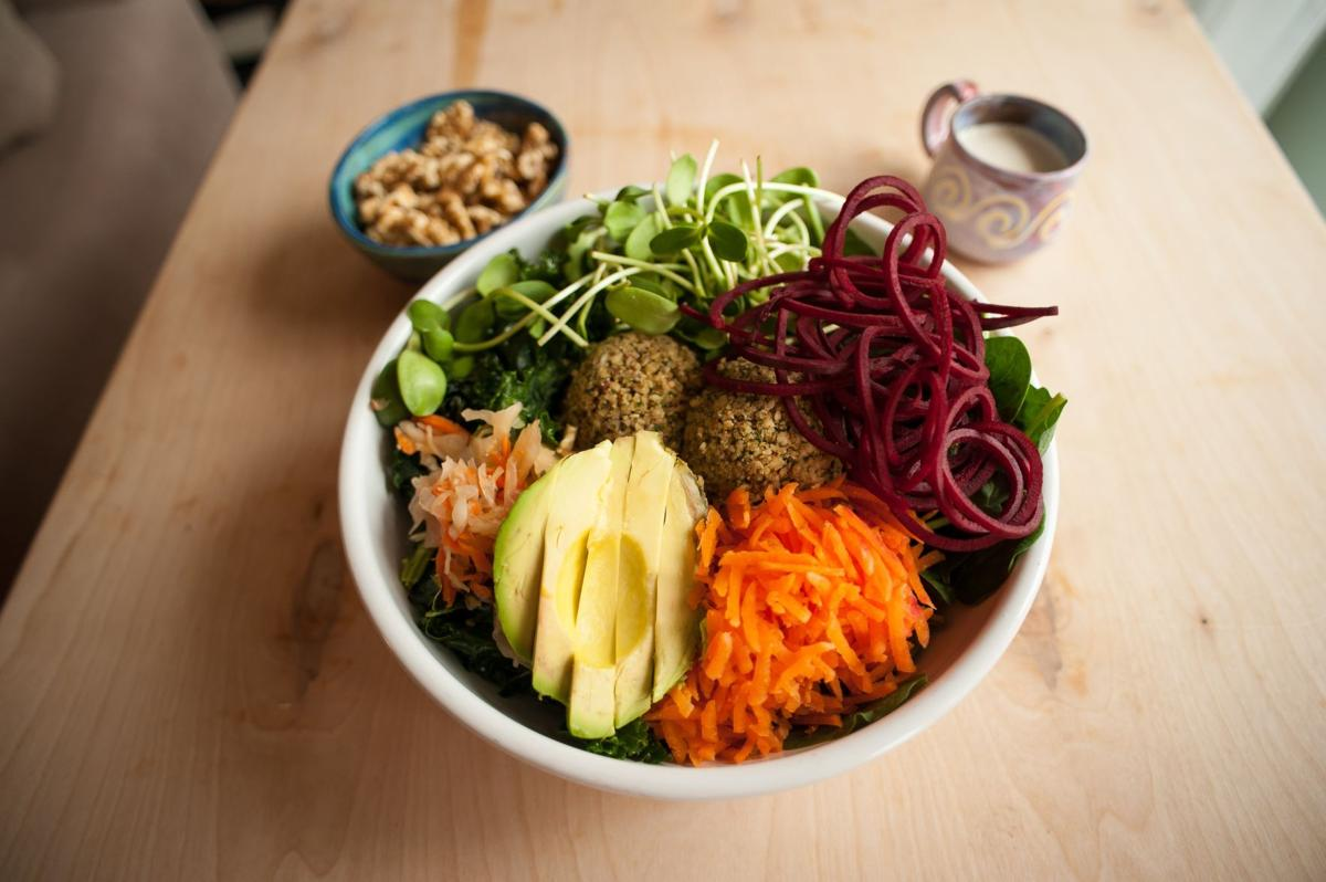Ezra's opens: We've got the full raw vegan menu, plus 5 veggie-friendly favorite places to try