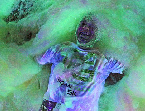 Slideshow: Foam Glow 2015
