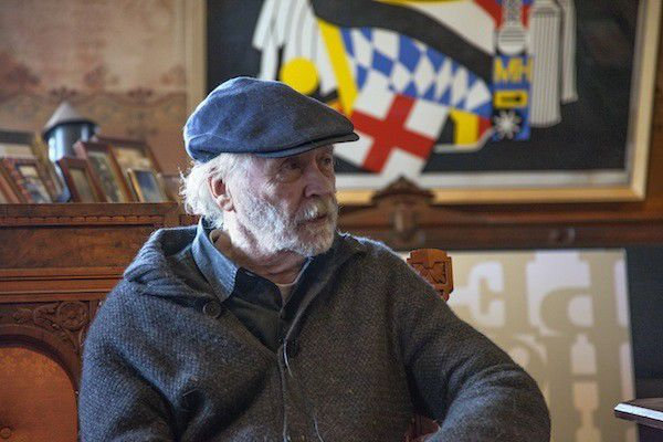 Robert Indiana calls in from Maine