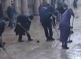 Video: Occupy crackdown or monk fight?