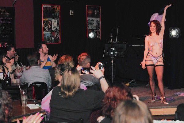 Censoring burlesque