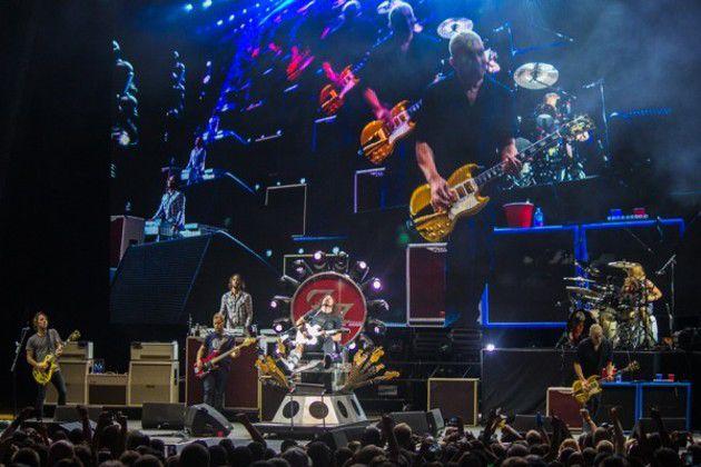 Foo Fighters at Klipsch (Slideshow)