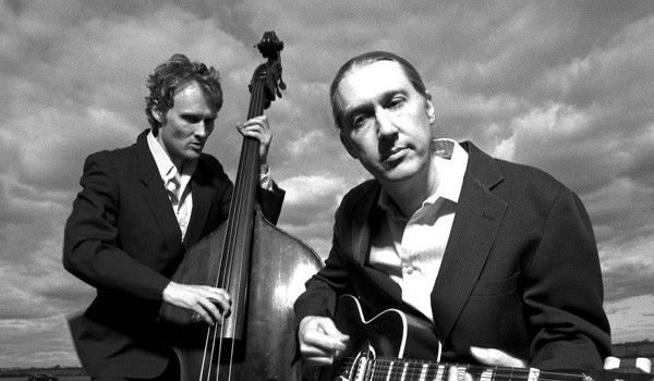 The Wood Brothers: An acoustic jam band