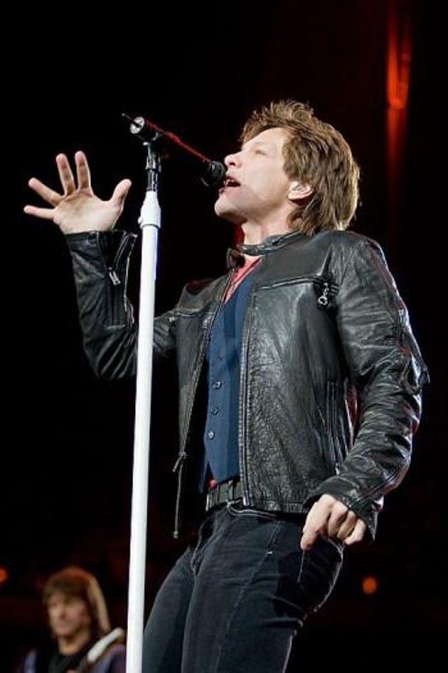 Bon Jovi in concert at United Center (in Chicago,IL)