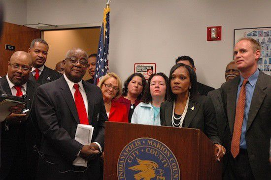 Council approves domestic partnerships
