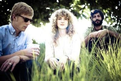 Review: Tennis chills out at Radio Radio