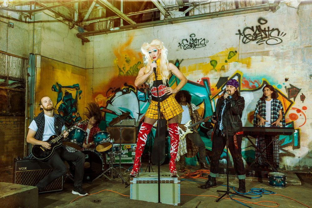 Hedwig and the band