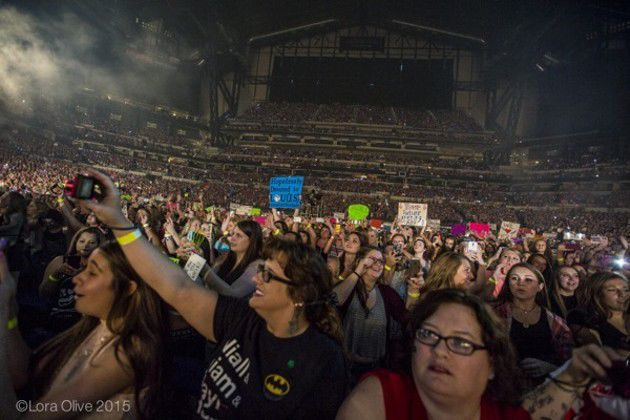 One Direction at Lucas Oil Stadium