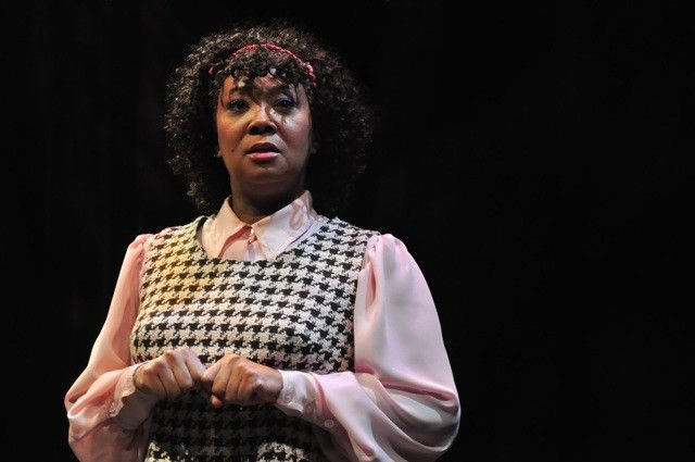 Review: 'Neat' at the IRT