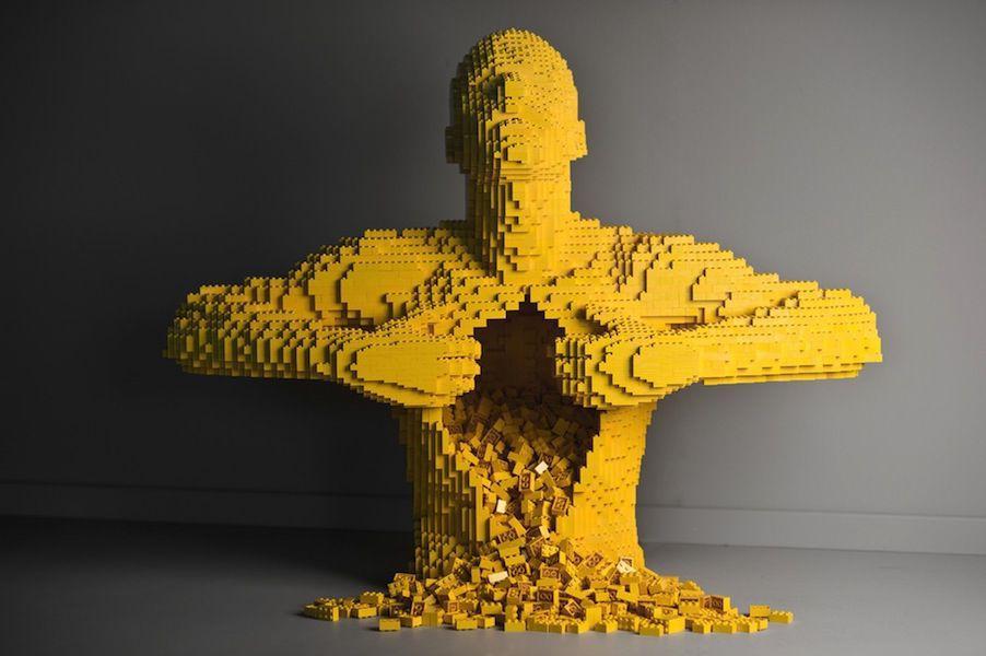 An Interview with LEGO Artist Nathan Sawaya