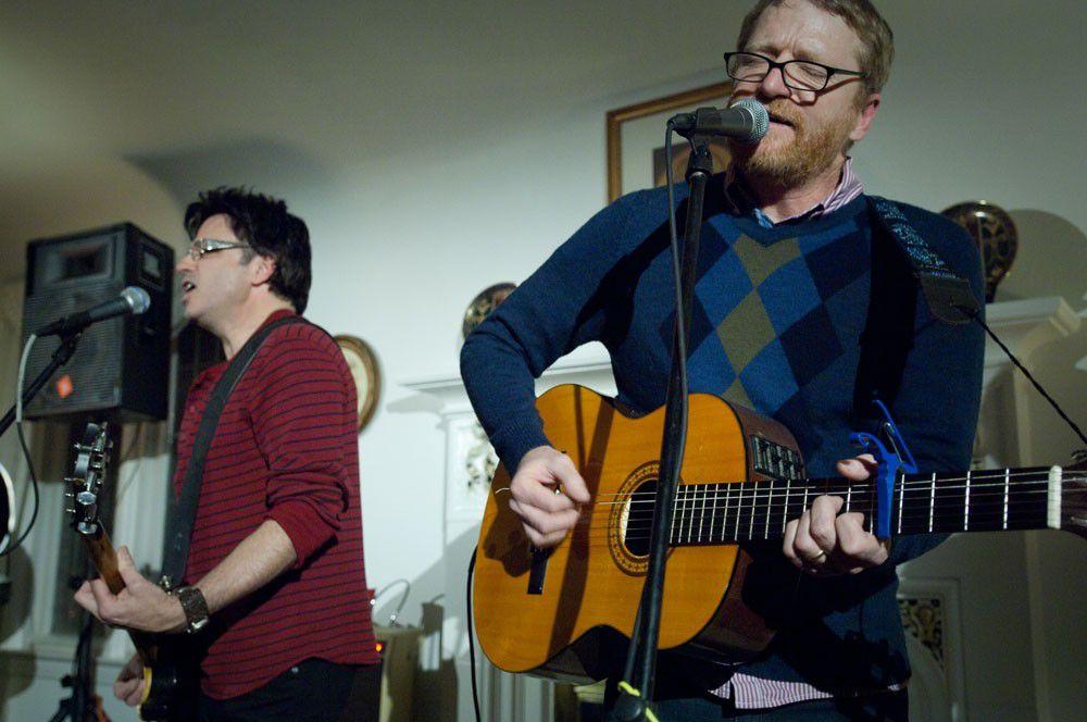Cracker acoustic duo at Kessler House, Jan. 2009