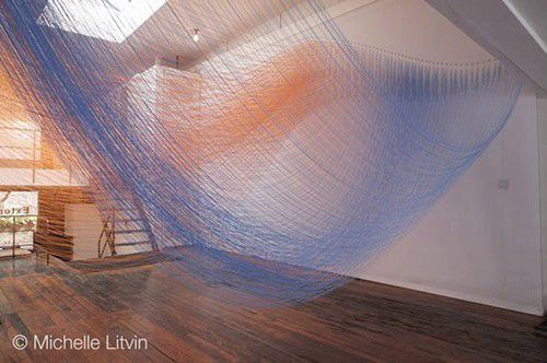 Falling leaves, meditation, colored string... is this heaven?