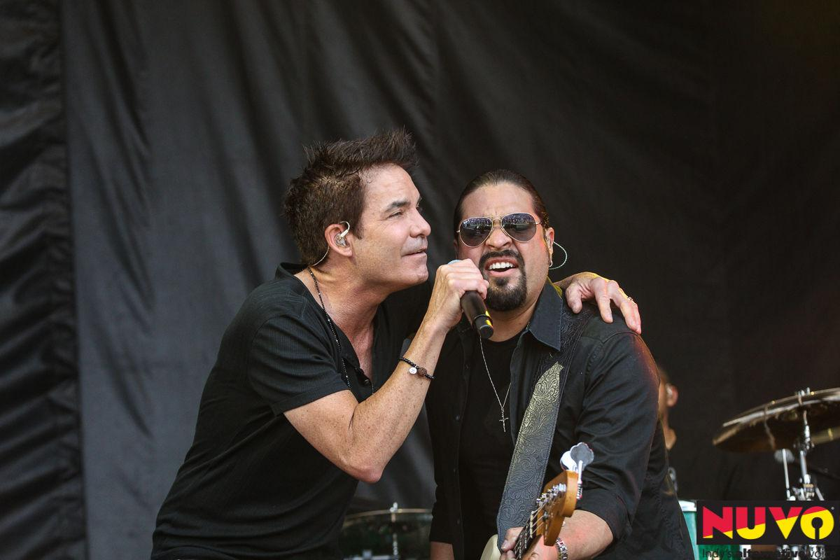 Train, Blues Traveler Perform at Abnormally Hot Carb Day