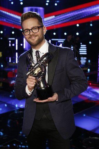 Hoosier Josh Kaufman wins 'The Voice'