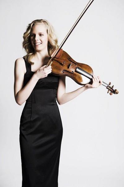 Review: A laureate recital