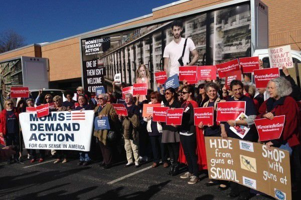 Kroger investors hear from Moms Demand Action