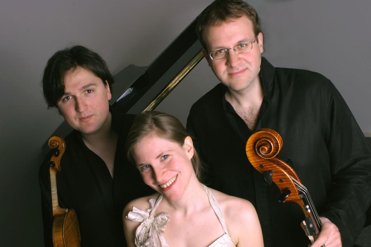 Review: Morgenstern Trio