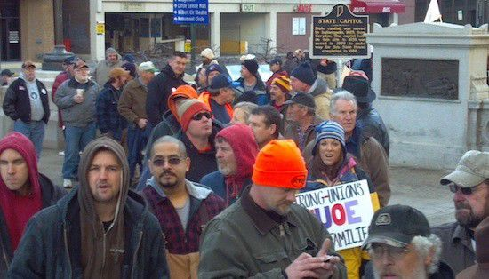 House parties still at odds on right-to-work