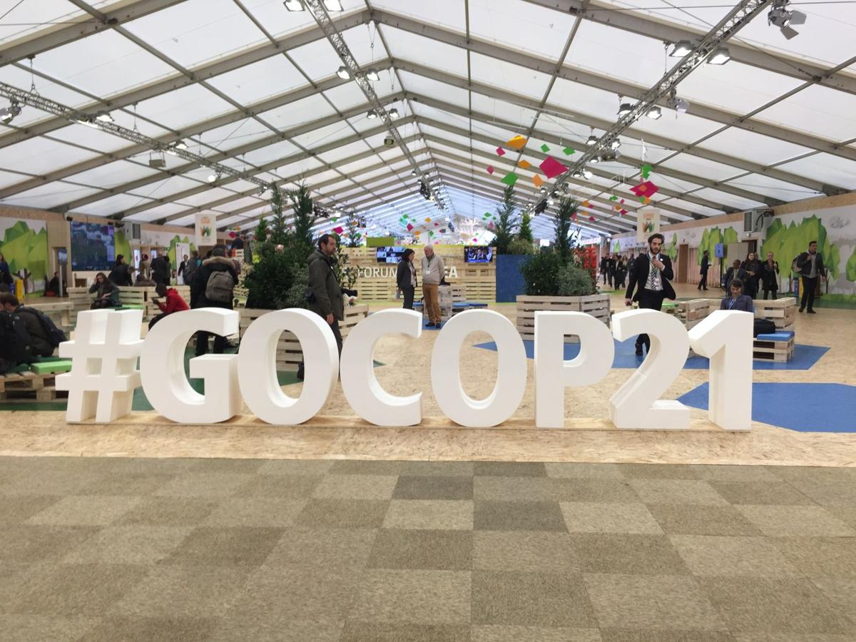 Climate exposition opens to public in Paris