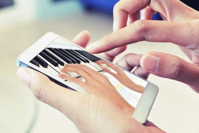 Piano lessons, and performances, during the pandemic