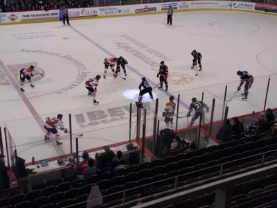 A Friday night of fisticuffs with Komets ablaze in 4-1 win
