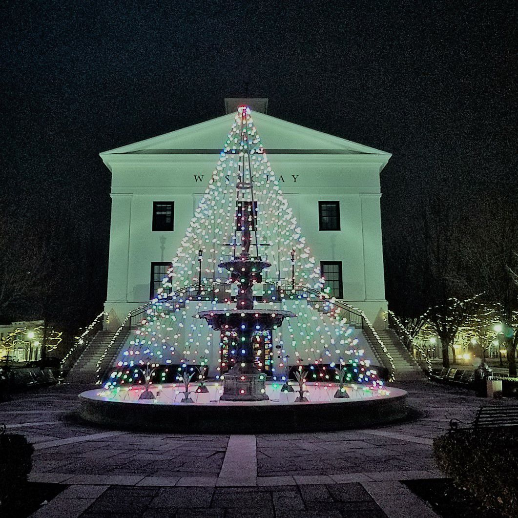 Christmas lights at the Villages of West Clay