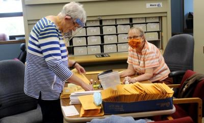 Cast your absentee ballot early, Postal Service urges