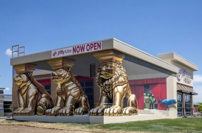 The Jiffy Lube Mural Project revs into high gear