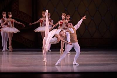A review of 'Grace to Grandeur' by Indianapolis Ballet