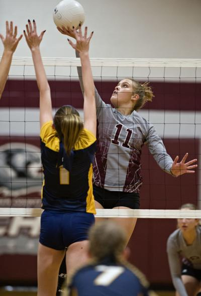 Reaching new heights: Warren County volleyball secures first-ever state berth