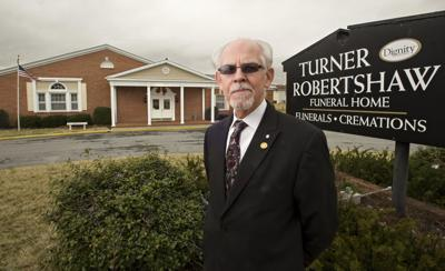Front Royal funeral home to close after 96 years