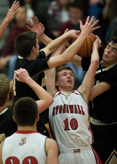 Generals ride defense, late surge to win over Bison
