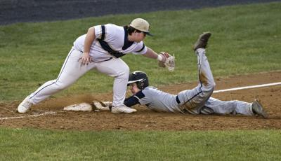 Colonels erupt for 7 runs in fifth inning to top Hawks