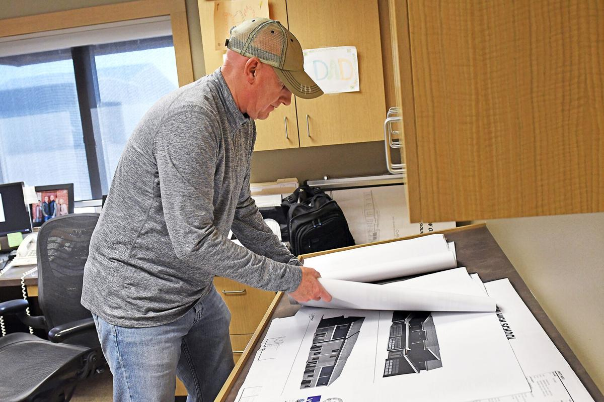 Dave Cleveringa reviews townhouse plans