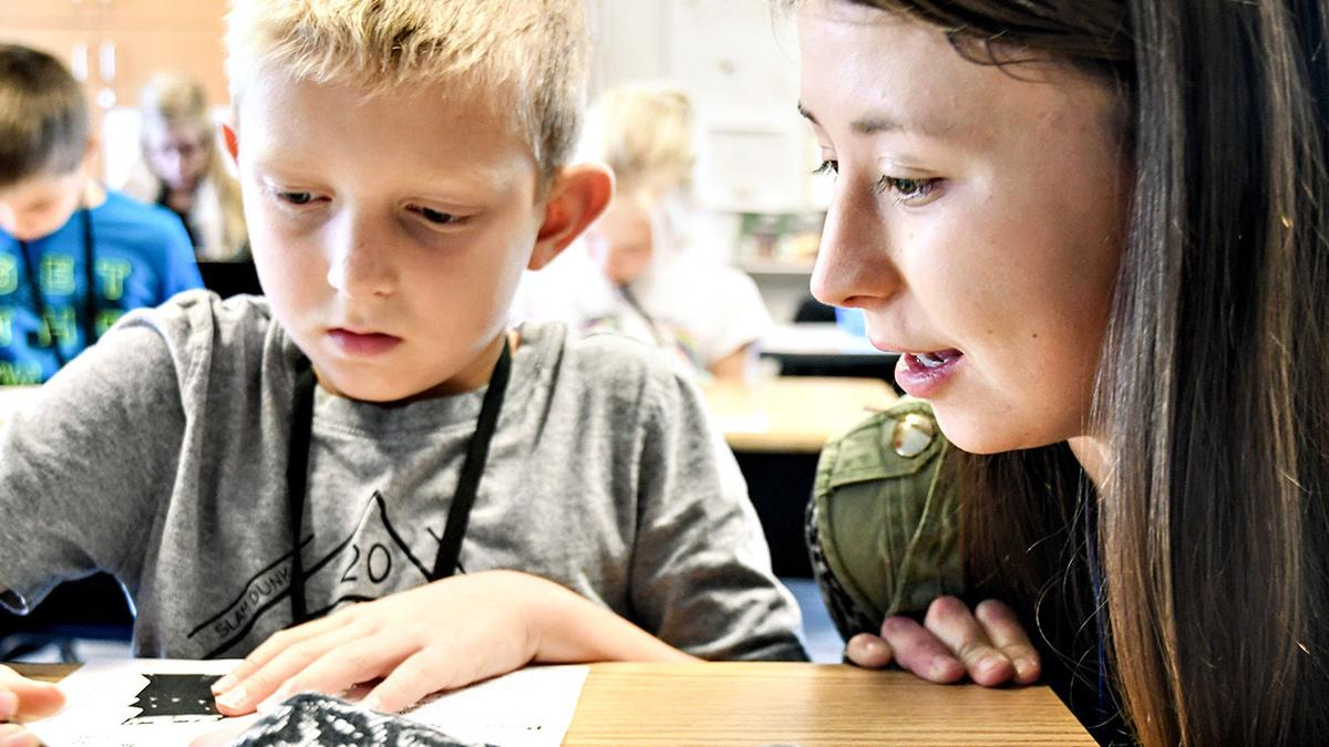 Dordt course partners with Christian school