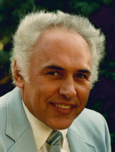 Lowell Merrill