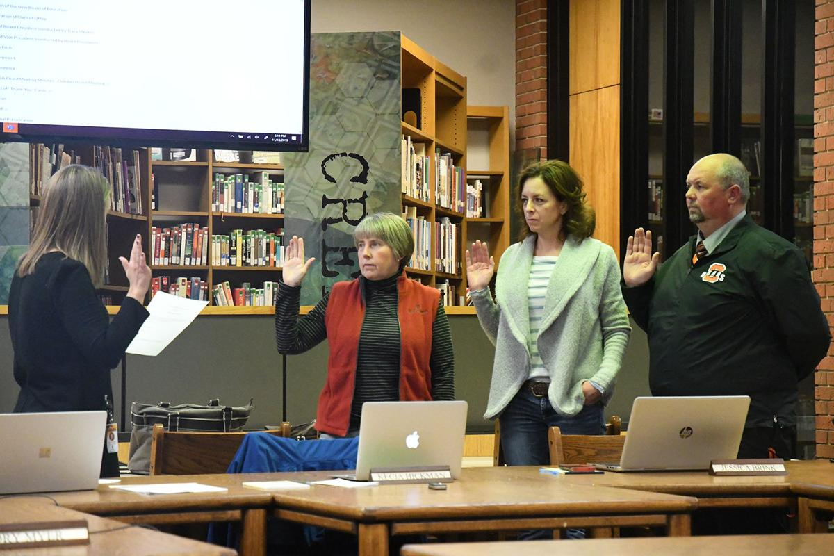 Sheldon school board members sworn in