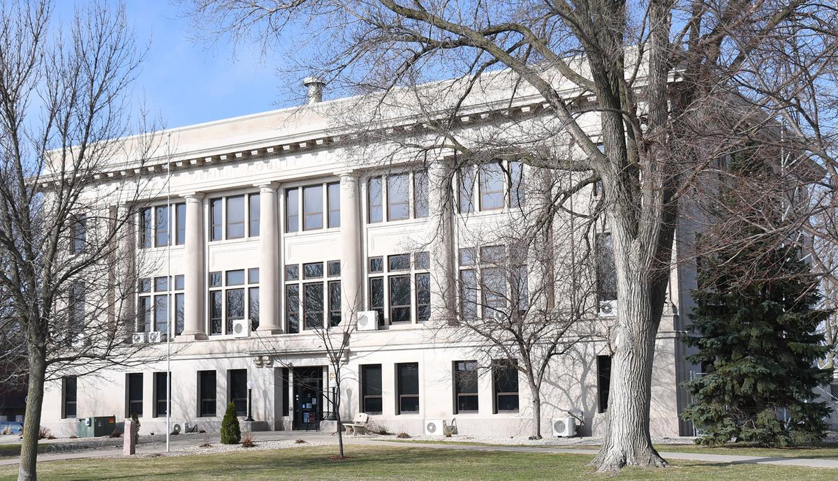 O'Brien County mulls opening courthouse